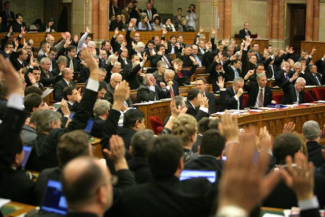 [cml_media_alt id='1135']Adótörvény változások 2015[/cml_media_alt]